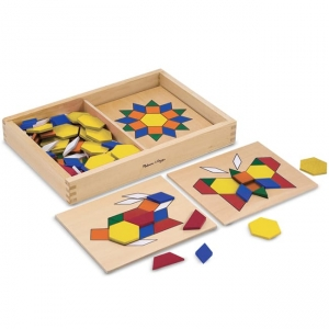 PATTERN BLOCKS AND BOARD-0