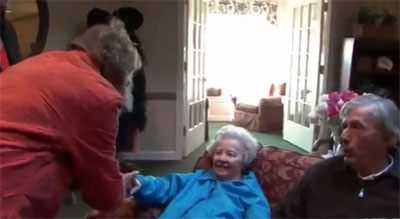 The Alzheimer's Project | Woodies family greets his new girlfriend, Kathy.